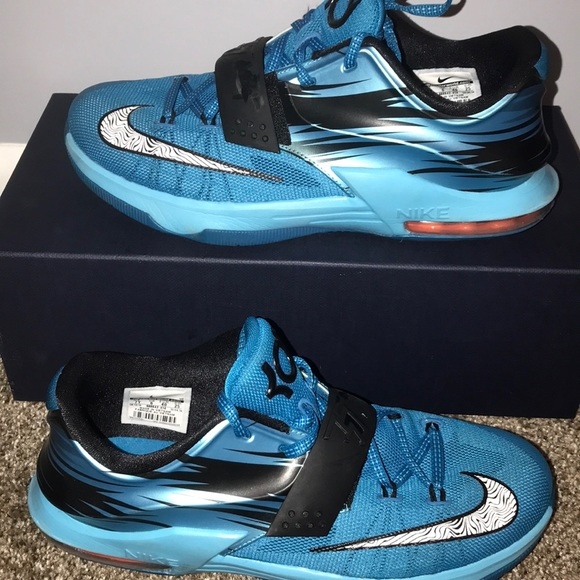 finest selection dd419 dda61 KD  Light Blue Basketball sneakers. M 5a9acbc372ea88d794a92dcf